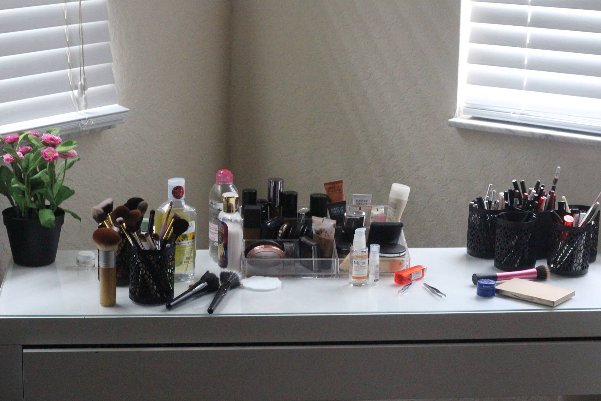 6 Decluttering Tips To Help Conquer Your Messy Makeup Vanity